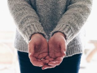 A pair of cupped hands.